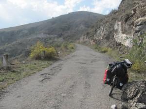 einsame Bergstrasse